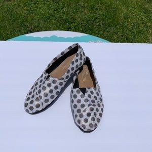 TOMS Polka Dot Iridescent Shoes 6.5